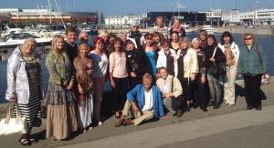 Grupp Soul Body Fusion®'i praktikuid koos Jonette Crowley'ga Tallinnas, 14.09.2014. ( www.facebook.com)